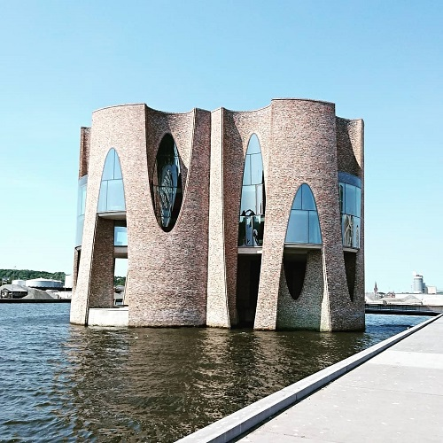 Kunstneren Eliasson giver arkitekturen et cirkelspark